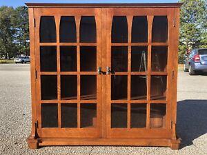 Stickley Gustav 89-510 Commemorative Bookcase (Excellent Condition)