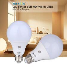 2X E27 9W Dusk to Dawn Auto Sensor Light Bulb Sensor LED Lamp Bulb Neutral White