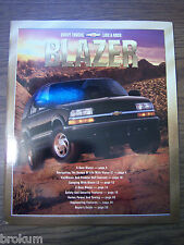 MINT 2001 CHEVROLET CHEVY BLAZER 31 PAGE DEALER SALES BROCHURE (BOX 259)