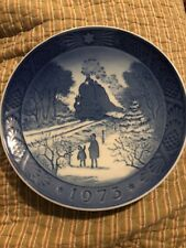 "Royal Copenhagen Blue Christmas Plate 1973 ""Going Home For Christmas""-7""-M inty"