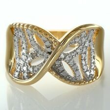 Shimmering  Twisted Filigree Ring ~ Size 7