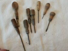 LOT OF 5 WOODEN HANDLED LEATHER  MAKING TOOLS AND OTHER  SCREWDRIVERS.