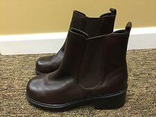 ladies Mootsies Tootsies brown leather booties size 7.5 M