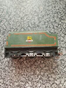 TRIANG PRINCESS CLASS 6 WHEEL TENDER. IN GREEN LINED LIVERY