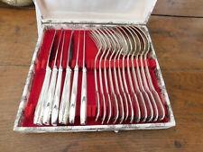 Christofle 6 fourchettes 6 cuillères métal argenté Chinon modèle ancien