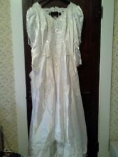 BEAUTIFUL WEDDING GOWN (SIZE 18 )