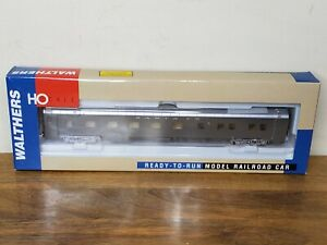 Walthers Pullman Standard 10-5 Sleeper HO Scale Santa Fe 932-6742