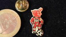 1. FCK FC Kaiserlslautern Pin Badge Teufel BETZI Logo Maskottchen goldener Ball