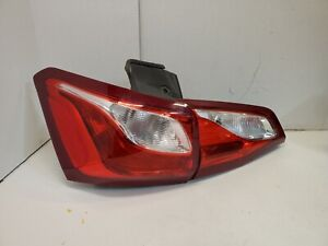 DRIVER LH HALOGEN OEM 18-20 CHEVY EQUINOX OUTER TAIL LIGHT [812744860, 813175361