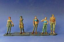 5 figurines femmes militaires 8 à 9 cm de haut - Style Tomb Raider - Plastique