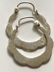 Vintage 80's smooth sterling silver '925' scalloped edge hoop hooped earrings