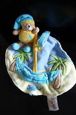 31/ DOUDOU PLAT BABY NAT OURS GRELOT - bleu jaune cocottier poche hamac soleil