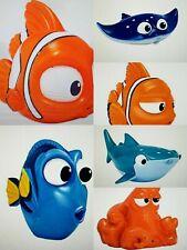 Badetiere Badespielzeug Nemo Dory  Spritztiere Badewannenspielzeug zur Auswahl
