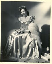 GLAMOROUS ANN MILLER 1945 PHOTO IN NEAR MINT CONDITION