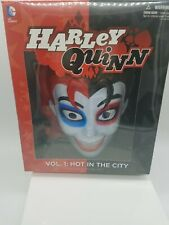 Harley Quinn Vol. 1 Hot in the City Book & Face Mask Set Factory Sealed DC NEW