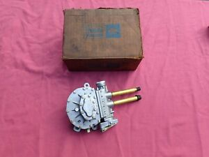 1964-66 Ford Thunderbird windshield wiper motor, NOS!  C4SZ-17508-A3