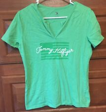 Tommy Hilfiger Women's Medium Green V-Neck Flag S/S Top Tee T-Shirt B432