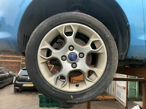 Ford Fiesta MK7 2012 Single Alloy Wheel With Tyre 195/50/15