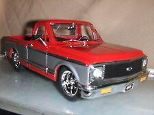 Jada Dub 1:24 1972 Red  2 Tone Chevy Cheyenne Pick Up Truck  Mag rims