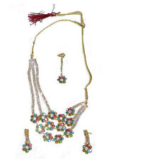 4686594a8c43 Set Bollywood Sonam multicolor con brazaletes bindis joyas India moda sari