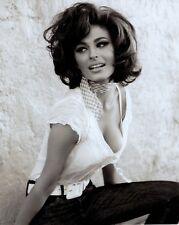 GORGEOUS+SEXY ACTRESS unsigned 8x10 photo             YOUNG SOPHIA LOREN??