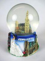 Wien Schneekugel Vienna Stephansdom Snowglobe 9 cm,Souvenir Austria .