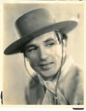 VERY EARLY GARY COOPER CLOSE-UP IN EXC. COND. - 1920s?