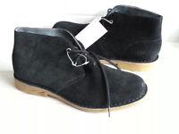UGG Men Size 8.5 Black Suede Chukka Boots