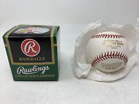 2004 World Series Official MLB Rawlings Baseball Boston Red Sox - Boxed