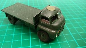 Bedford RL Flatbed British Army Truck White Metal Toy Model Lorry Built Model