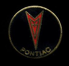 Pontiac closionne pin hat lapel hot rod drag race classic car shield logo