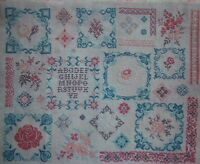 DELIGHTFUL FRENCH FLORAL SAMPLER CROSS STITCH PATTERN CHART Delicate Flowers