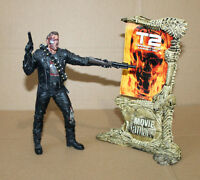 McFarlane Movie Maniacs T-800 Terminator 2 Serie 4 Arnold Action Figure Figur
