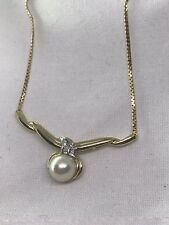 Very Nice 14kt Yellow Gold Necklace With Culture Pearl And Dimond