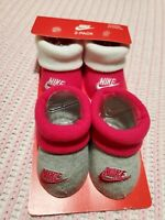 NIKE BABY GIRL CRIB SHOES BOOTIES GIFT SET PINK / GREY NWT NEWBORN 0-6 MONTHS