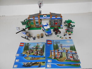 LEGO CITY 4440 FOREST POLICE STATION WITH 5 MINIFIGURES  FREE UK POSTAGE