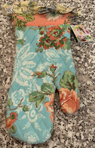 NEW April Cornell Oven Mitt Quilted Garden Patchwork Floral Ruffle Cotton India