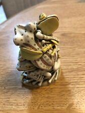 1998 Harmony Kingdom Menage A Trois Frogs Treasure Jest