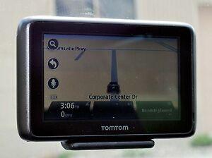 """NEW TomTom GO 2405TM Car GPS Set 4.3"""" USA/Canada/Mexico LIFETIME MAPS & TRAFFIC"""