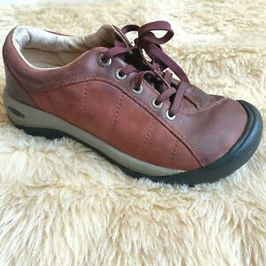 KEEN Red Shoes Women's Size 7.5 Burgundy PRESIDIO Lace Up Casual 1017948