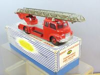 VINTAGE DINKY SUPERTOYS  MODEL No. 956 TURNTABLE FIRE ENGINE WITH WINDOWS VN MIB