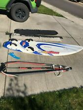 Windsurfing board and gear for the intermediate rider / Mistral V131