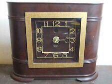 Vintage/Retro Bakelite Art Deco Style Clock