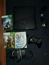 Microsoft Xbox 360 S System 1439 Console Complete Bundle & Halo 4 & Gears works