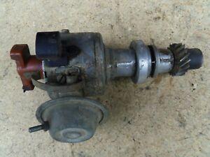 Audi 80 B2 1,6 Zündverteiler Bosch 0237020037 055905206