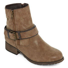 BRAND NEW IN BOX $69 Pop Ames Womens Bootie, BROWN NEW! SIZE 5.5 WIDE