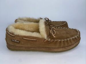 LL Bean Women's  Moccasin Slippers Tan Shearling Lined Size 8 M (F)