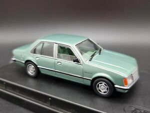 1978 Holden VB Commodore SL Sedan in Sage Green 1:43 Scale Diecast Topgear TR60