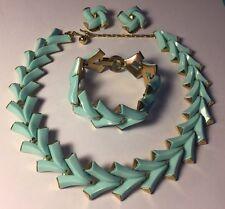 Vintage TRIFARI Valencia Blue Gold Tone Chevron Necklace Bracelet Earrings Set