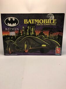 amt ERTL BATMAN Returns BATMOBILE No. 6650 1:25 Scale Model Kit